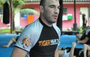 UFC MMA star Brian Ebersole prepare for next UFC fight @TigerMuayThai - Training Camp