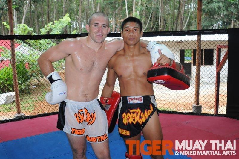 ... males amateur-mma-fights amateur MMA fights american-kickboxing-academy  American Kickboxing ... 3b59b1f805ab