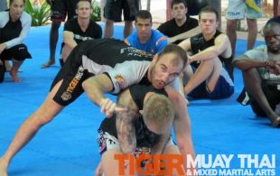 UFC Fighter Brian Ebersole conducts a seminar @TigerMuayThai