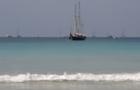 nai_harn_sailboat_1.jpg