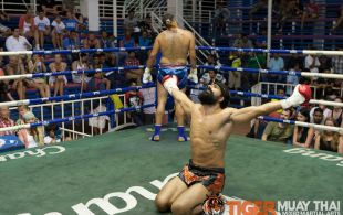 Bektas Emirhanoglu fights at Bangla boxing stadium in Phuket, Thailand, Sunday, Aug. 4, 2013. (Photo by Mitch Viquez ©2013)