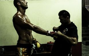 Tiger Muay Thai & MMA Training Camp Guest Fights January 20, 2014 including Daniel Roberts from Australia and Tiger Muay Thai Hong Thong at Patong Stadium. ©SamKearney