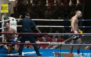 Mike Lvovsky fights at Patong Sainamyen Road stadium in Phuket, Thailand, Monday, Jul. 22, 2013. (Photo by Mitch Viquez ©2013)