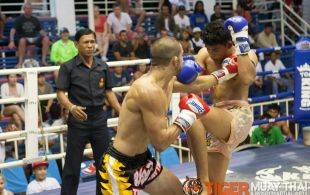 Emilio Urrutia fights at Bangla boxing stadium in Phuket, Thailand, Wednesday, Sep. 4, 2013. (Photo by Mitch Viquez ©2013)